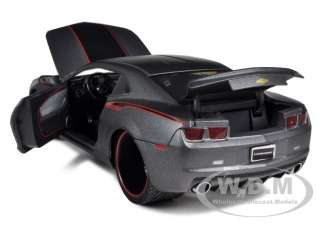 2010 CHEVROLET CAMARO SS MATT GRAY 1/18 DIECAST CAR MODEL BY JADA