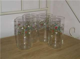 Pfaltzgraff 4 Piece WINTERBERRY Glassware Tumblers