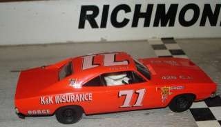 71 Bobby Isaac K & K Insurance 1969 Dodge Custom Built 1/32 Scale