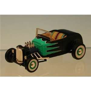 Revell Rat Rod 29 ford Model A Roadster 1:64: Toys & Games