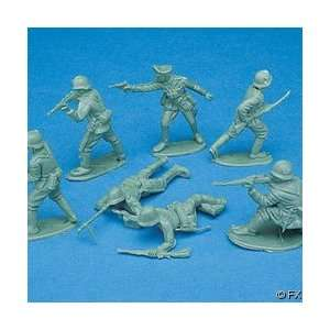 24 pc Toy Army Men Soldiers Toys & Games