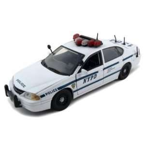 Chevrolet Impala NYPD 124 Diecast Car Model Toys & Games