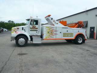 2005 Peterbilt 330 Heavy Duty 25 Ton Jerr Dan Wrecker/Tow Truck LOW