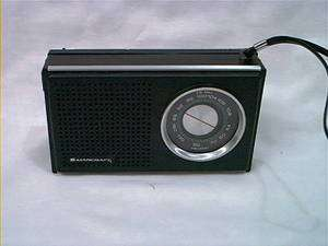 MARCRAFT AM FM TRANSISTOR RADIO HORIZONTAL VINTAGE RADIO WORKS GREAT