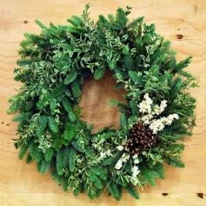 18 Fresh White Christmas Wreath
