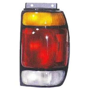 Get Crash Parts Fo2801113 Tail Lamp Assembly, Passenger