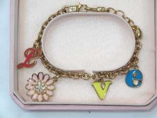NIB JUICY COUTURE GIRLS CRYSTAL GIRLS LOVE BRACELET