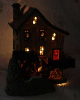 Well Limited Edition 1998 Lighted Christmas Village