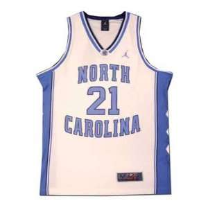 Nike Elite North Carolina Tar Heels (UNC) #21 White Replica Basketball