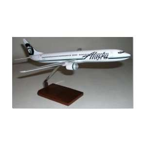 Delta Airlines Airplane Tail Keychain Toys & Games