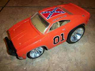 THE DUKES OF HAZARD  GENERAL LEE  1969 DODGE CHARGER CAR (LOOK)