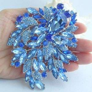 Pretty Leaf Flower Brooch Pin w Blue Rhinestone Crystals EE04672C2