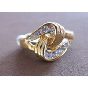 RING Gold Tone w INTERTWINED HEART & Crystal Stones