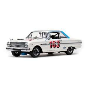 Falcon Hard Top Racing Keith Davidson 1/18 White #163 Toys & Games