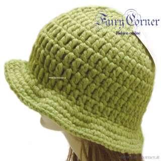 berretto cappello donna lana verde uncinetto handmade