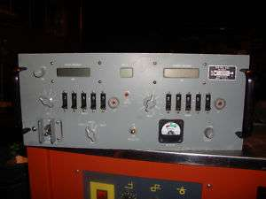 MILITARY RADIO MAGNAVOX RT 1336/G DUAL UHF 220 400 MHz