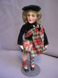 UNUSUAL SCOTCH GIRL CLOTH BODY/COMP FACE/HANDS 9 TALL