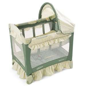 Graco Travel Lite Crib: Baby