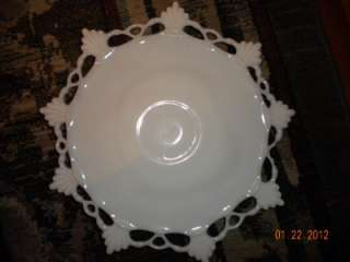 VINTAGE WESTMORELAND w/mark WHITE MILK GLASS LOW CAKE PLATE