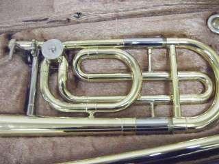 Características del anuncio Trombón bajo Yamaha modelo 322
