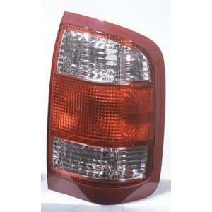 1999 2004 Nissan Pathfinder Tail Lamp Assembly RH