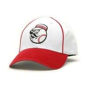 Retro Logo Pastime Cap   White/Scarlet Adjustable