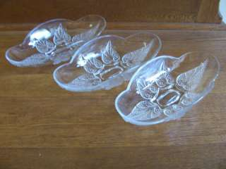 PRESSED GLASS BANANA SPLIT/ICE CREAM FOOTED BOWLS